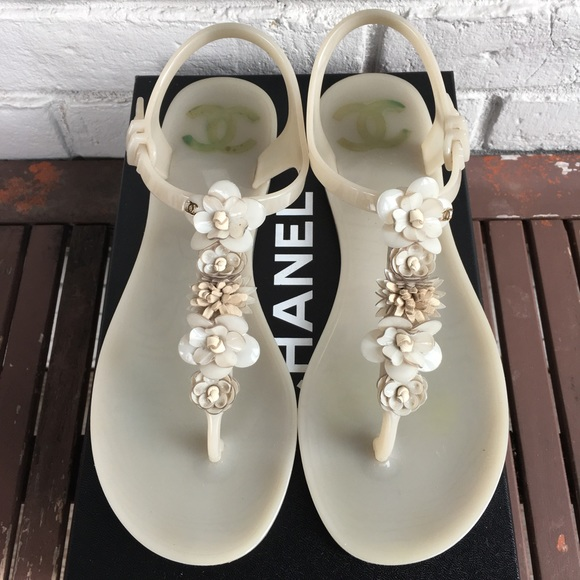 993991f4cff3 CHANEL Shoes - 💯% Authentic Chanel Jelly Sandals. Size 38.